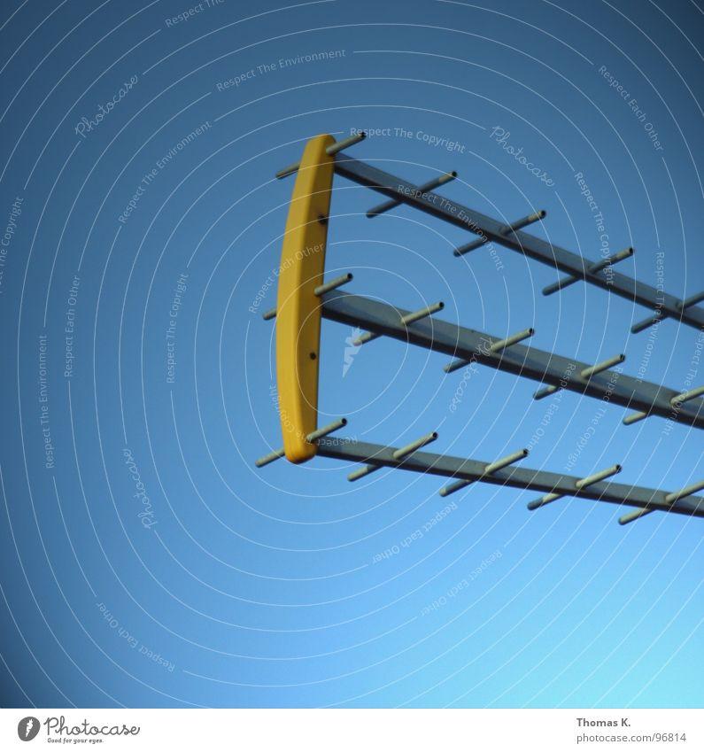 Lift up your receiver, I'll make you a believer Himmel Feld Industrie Elektrizität Kommunizieren Fernsehen Wissenschaften Strahlung Radio Antenne Signal