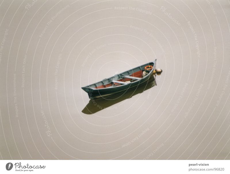 Boot Einsamkeit See Wasserfahrzeug Frieden Fischerboot