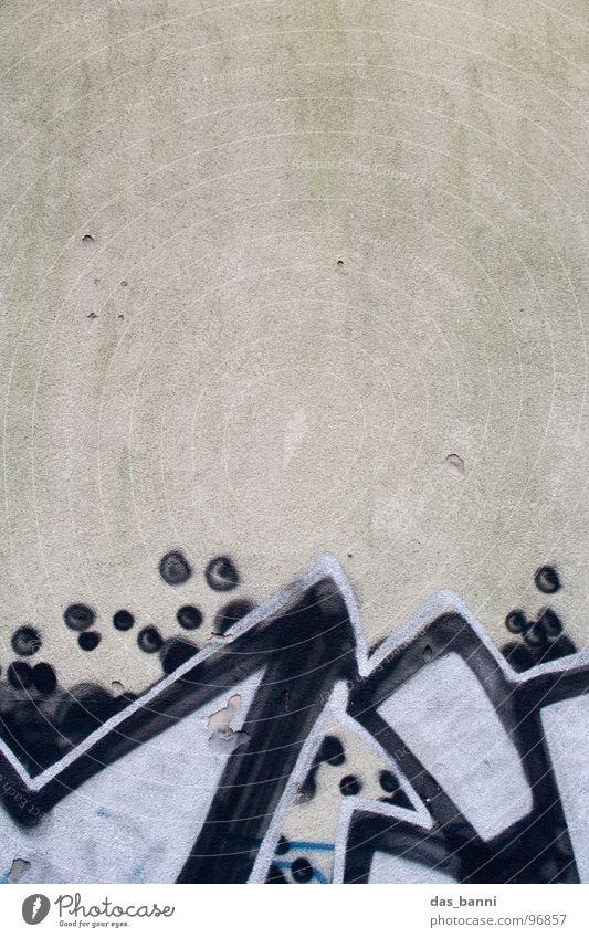 Kunst oder Schmierereien? weiß Stadt Freude schwarz Haus Farbe Ferne Wand Graffiti Gefühle grau Linie dreckig Fassade Design