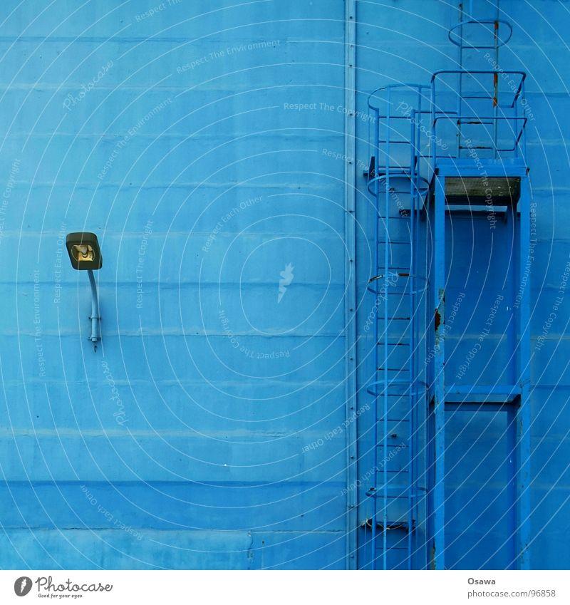 VEB Elektrokohle 10 blau Lampe Wand Beton Industrie Laterne Leiter Straßenbeleuchtung Feuerleiter