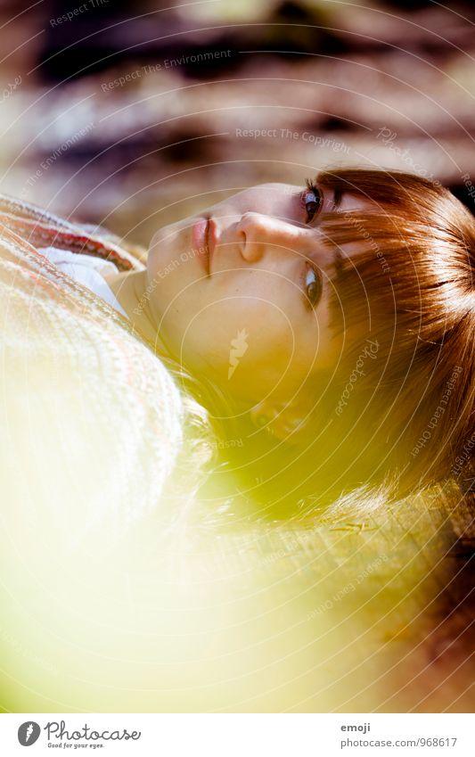 kastanienbraun feminin Junge Frau Jugendliche Gesicht 1 Mensch 18-30 Jahre Erwachsene schön herbstlich Herbst Farbfoto Außenaufnahme Tag Schwache Tiefenschärfe