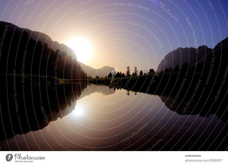 Fanes l parëisc sön chësta tera Umwelt Natur Landschaft Wasser Himmel Sonne Sonnenaufgang Sonnenuntergang Sonnenlicht Sommer Schönes Wetter Baum Hügel Felsen