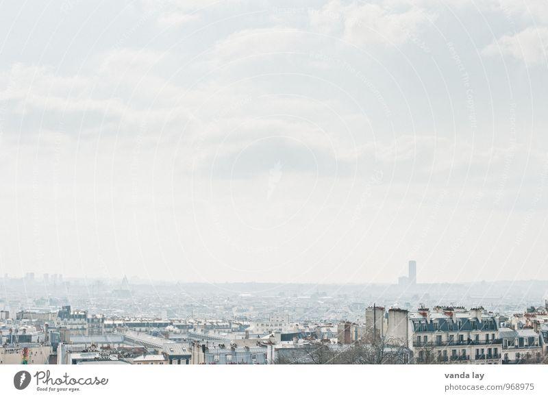 Paris Himmel Montmartre Frankreich Stadt Hauptstadt Stadtzentrum Altstadt Haus Hochhaus Unendlichkeit Farbfoto Außenaufnahme Menschenleer Textfreiraum oben