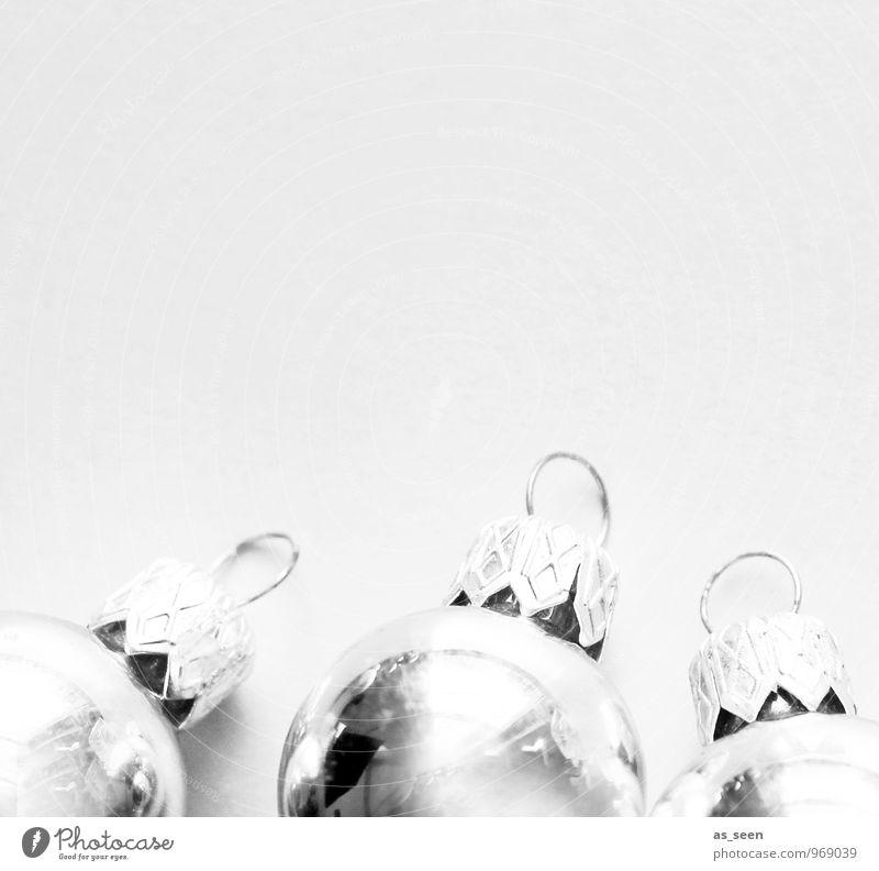 Drei, die sich aufmachten ... Weihnachten & Advent weiß Stil grau Feste & Feiern Stimmung liegen glänzend Lifestyle elegant Design Dekoration & Verzierung leuchten modern Glas ästhetisch