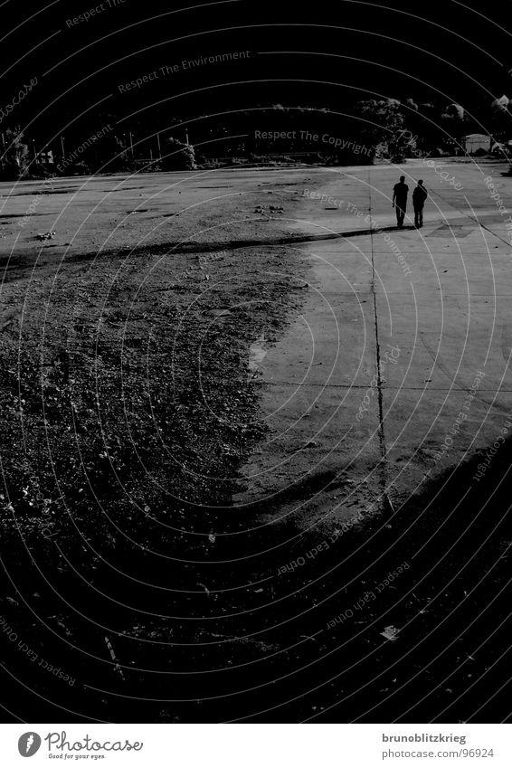 vom nichts ins nichts dunkel Herz-/Kreislauf-System unheimlich Fröhlichkeit Angst Panik leer mysteriös.langer schatten Mensch