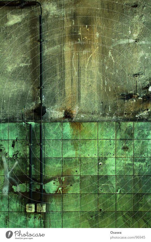 VEB Elektrokohle 12 Einsamkeit Wand dreckig Industrie Kabel Fliesen u. Kacheln verfallen Putz Schalter Lichtschalter
