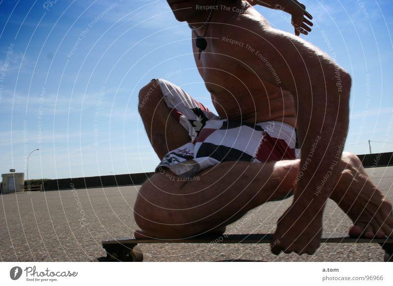 keine Wellen I Sonne Meer Sommer Freude Strand Sport Spielen Küste Skateboard Schlüssel Parkplatz Muskulatur Rolle Seignosse