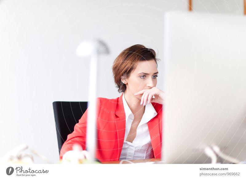 Arbeit feminin Schule Freizeit & Hobby Business Büro modern Erfolg Studium Kreativität lernen Idee Netzwerk Beruf Erwachsenenbildung Konzentration Student