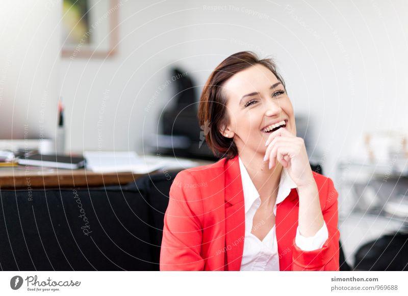 Witz Büro Medienbranche Werbebranche Kapitalwirtschaft Karriere Erfolg Sitzung sprechen Team Freude Glück Fröhlichkeit Zufriedenheit Lebensfreude Begeisterung