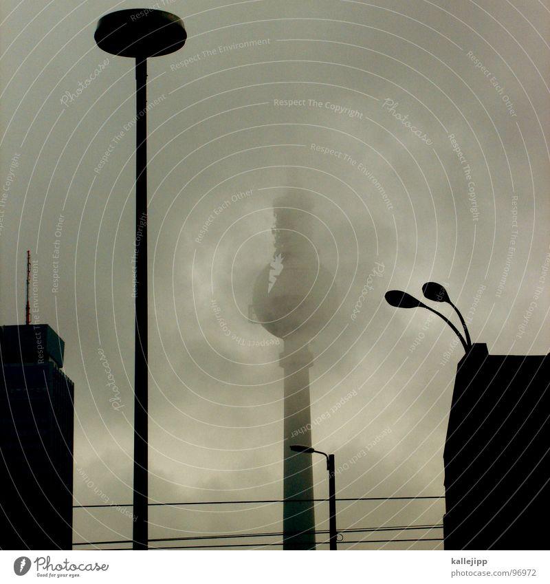 watergate affäre Stadt Haus Wolken Straße Lampe Berlin Nebel Perspektive Tourismus Netz Häusliches Leben Laterne Verbindung Wahrzeichen Tourist