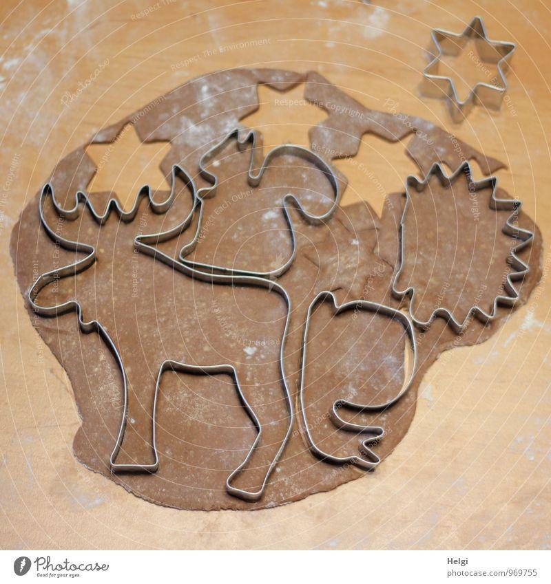 Weihnachtsbäckerei IV Weihnachten & Advent schön grau braun Stimmung Lebensmittel Metall liegen authentisch frisch ästhetisch Ernährung Kreativität Lebensfreude