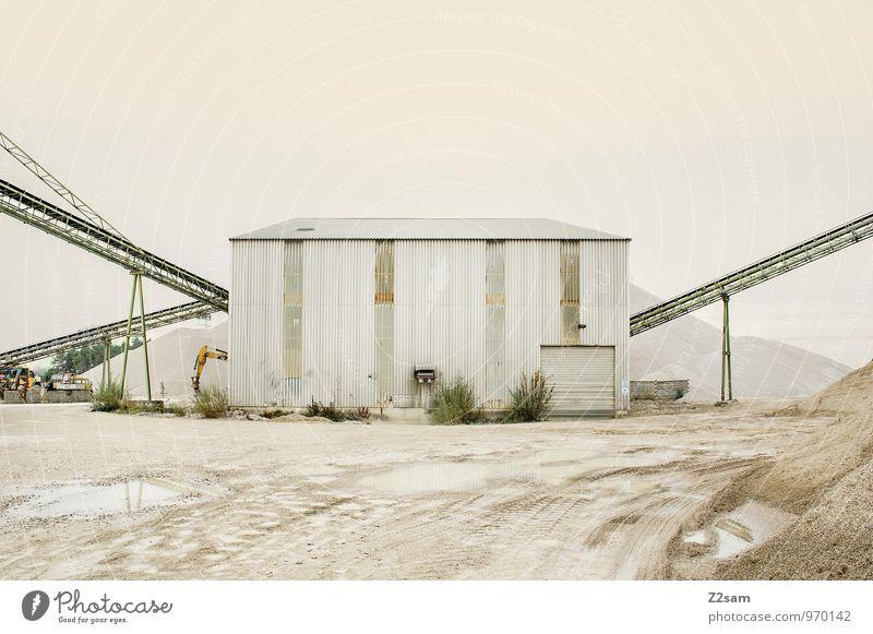 Industrieromantik II Industrieanlage Gebäude Architektur industriell Industriefotografie ästhetisch dreckig trashig Romantik Einsamkeit Ordnung ruhig Symmetrie