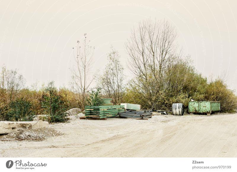 Industrieromantik Himmel Natur grün Baum Einsamkeit Landschaft ruhig Umwelt Herbst Ordnung Idylle trist Sträucher einfach Vergänglichkeit Romantik