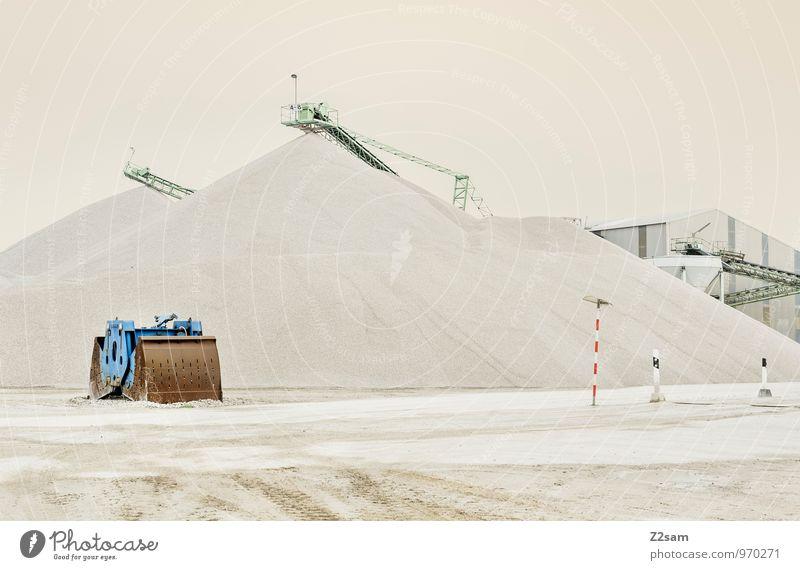 Industrieromantik Industrieanlage industriell Kieswerk Förderband Förderturm ästhetisch einfach trist Stadt Wärme Romantik Einsamkeit Idylle Ordnung ruhig