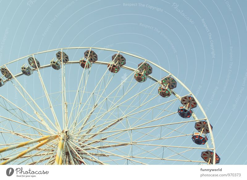 Ri - ri - riesenrad Himmel Sommer Freude Feste & Feiern oben Freizeit & Hobby Lebensfreude Abenteuer Wolkenloser Himmel Jahrmarkt Messe erleben himmelblau
