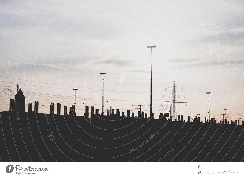 electri_city Himmel Wolken Sonne Sonnenlicht Wetter Schönes Wetter Strommast Straßenbeleuchtung Elektrizität Energie Fortschritt komplex Farbfoto