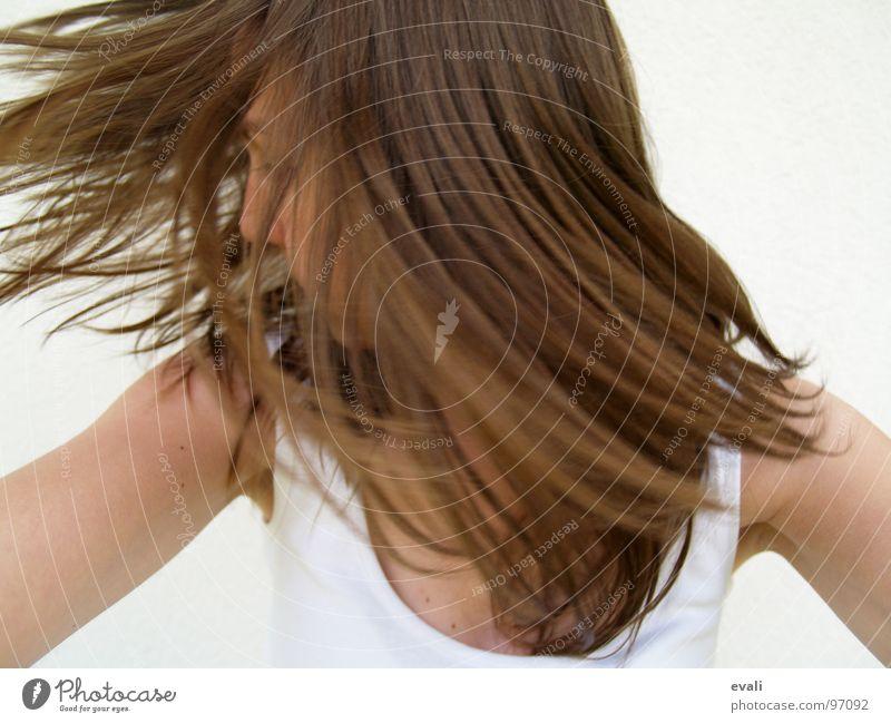 Gute-Laune-Tanz III Mensch Jugendliche weiß Sommer Freude Gesicht Gefühle Bewegung Haare & Frisuren Kopf braun Tanzen verrückt frisch Fröhlichkeit T-Shirt