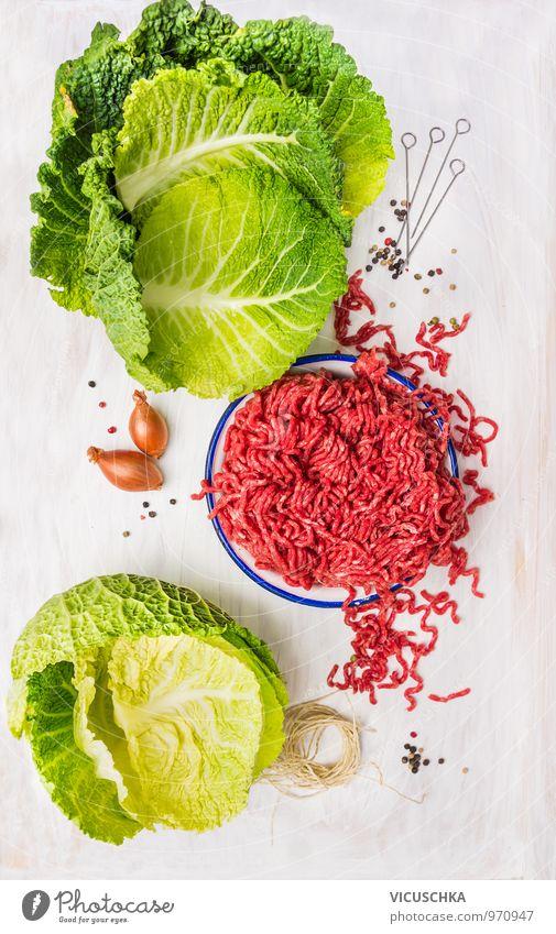 Kohlrouladen Zutaten: Hackfleisch und Wirsingkohl Blätter Natur Blatt Gesunde Ernährung Stil Lebensmittel Design Tisch Seil Kochen & Garen & Backen Küche