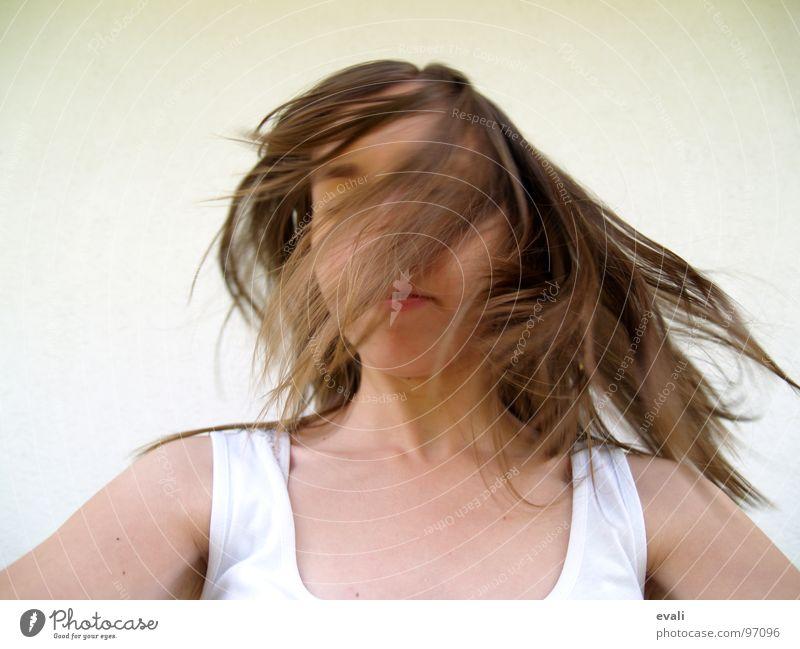Gute-Laune-Tanz V Mensch Jugendliche weiß Sommer Freude Gesicht Gefühle Bewegung Haare & Frisuren Kopf braun Tanzen verrückt frisch Fröhlichkeit T-Shirt