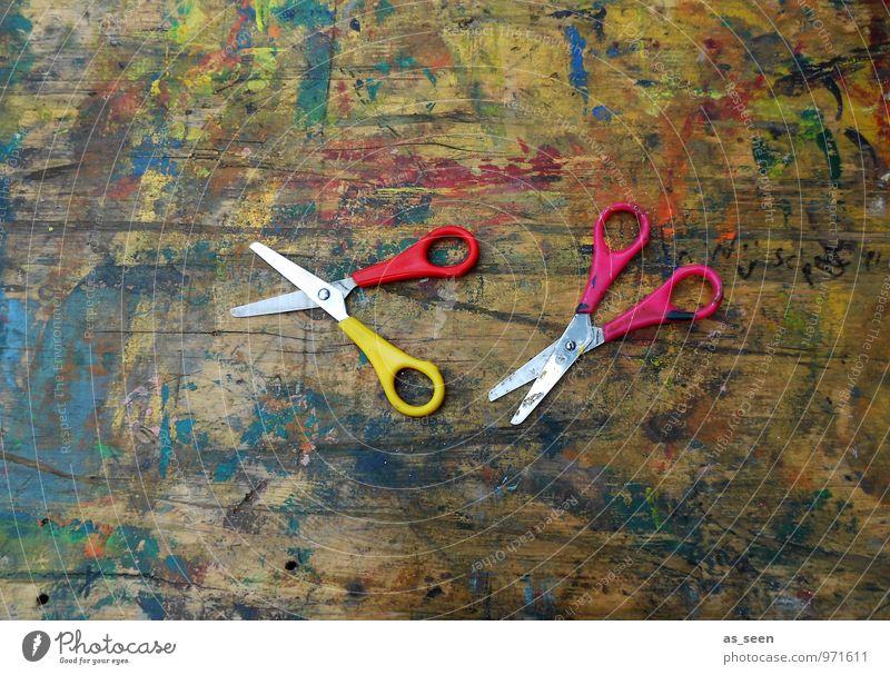 Relikt alt rot gelb Holz Metall 2 authentisch Kindheit Tisch Kreativität Idee Kunststoff Beruf Handwerk positiv Kindergarten
