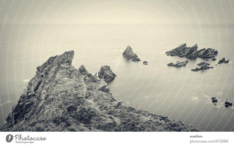 Krokant Himmel Natur weiß Wasser Meer Landschaft schwarz Küste Felsen Horizont Klippe Zacken Riff