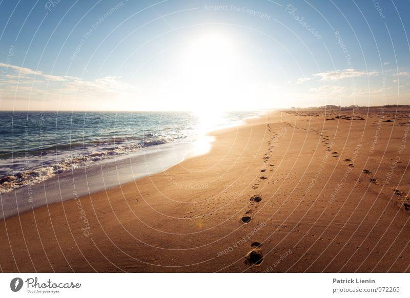 November Sun Wellness Leben harmonisch Wohlgefühl Zufriedenheit Sinnesorgane Erholung ruhig Meditation Sonne Sonnenbad Strand Meer Insel Wellen Umwelt Natur