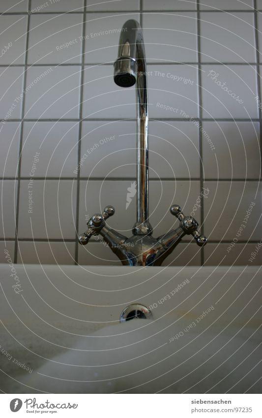 Wasserhahn Schaum heiß kalt Abfluss Küche Fliesen u. Kacheln Becken Aufwasch