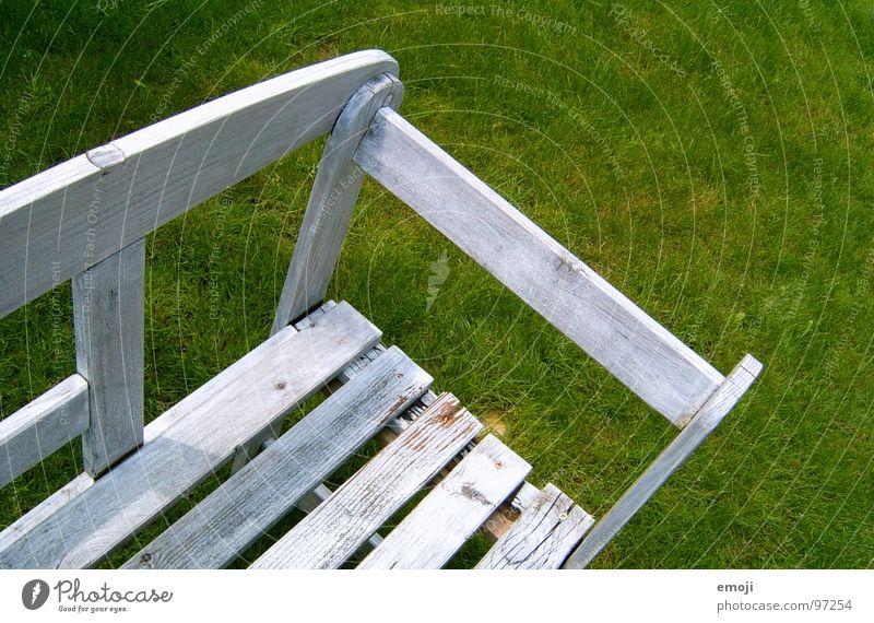 take a seat ! Platz Holz grün Gras Pause Erholung Ferien & Urlaub & Reisen Sommer platz nehmen Bank Rasen break grass holidays sitzen sit down