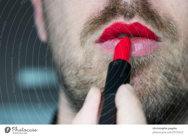Égalité Mensch Mann rot Erotik Erwachsene feminin maskulin Mund Lippen Bart Kosmetik Schminke Homosexualität Lippenstift rebellisch Klischee