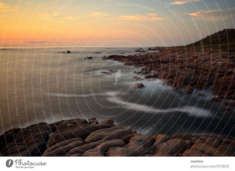 rubescence Natur Landschaft Himmel Wolken Horizont Sonnenaufgang Sonnenuntergang Klima Wetter Schönes Wetter Felsen Berge u. Gebirge Wellen Küste Bucht Riff