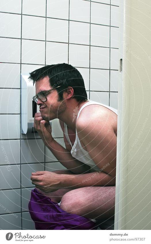 woher nehmen...? Mann Freude Denken offen sitzen leer Papier violett Fliesen u. Kacheln Toilette Hemd dumm Horn Schalen & Schüsseln Joggen Kerl