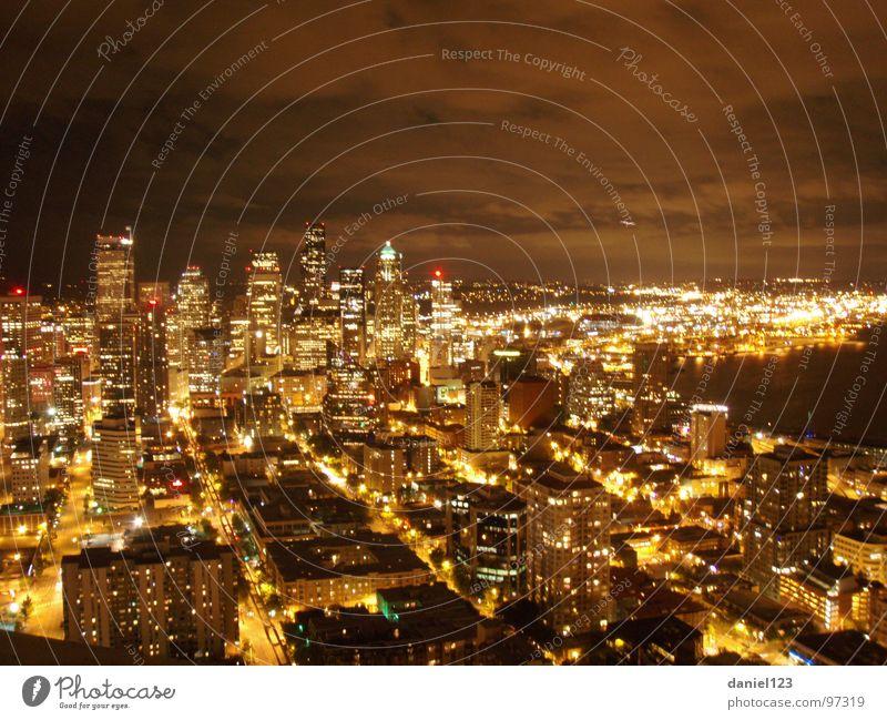 Sleepless in Seattle USA Verkehrswege Nachtleben Nachtaufnahme