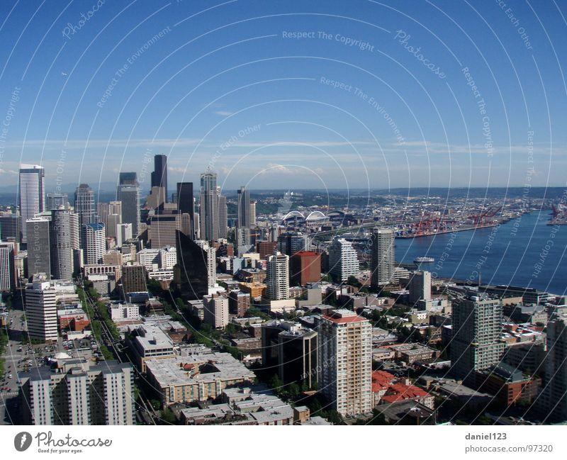 GroßStadtLeben. Seattle Verkehrswege USA Bay Mount Rainier Pacific North West Space Needle Puget Sound