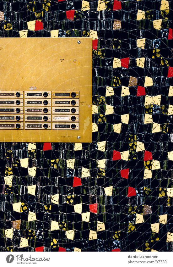 schwarz-rot-gold rot Haus schwarz gelb Farbe Wand Deutschland Hintergrundbild gold Schilder & Markierungen Häusliches Leben Fliesen u. Kacheln Klingel eckig Mosaik