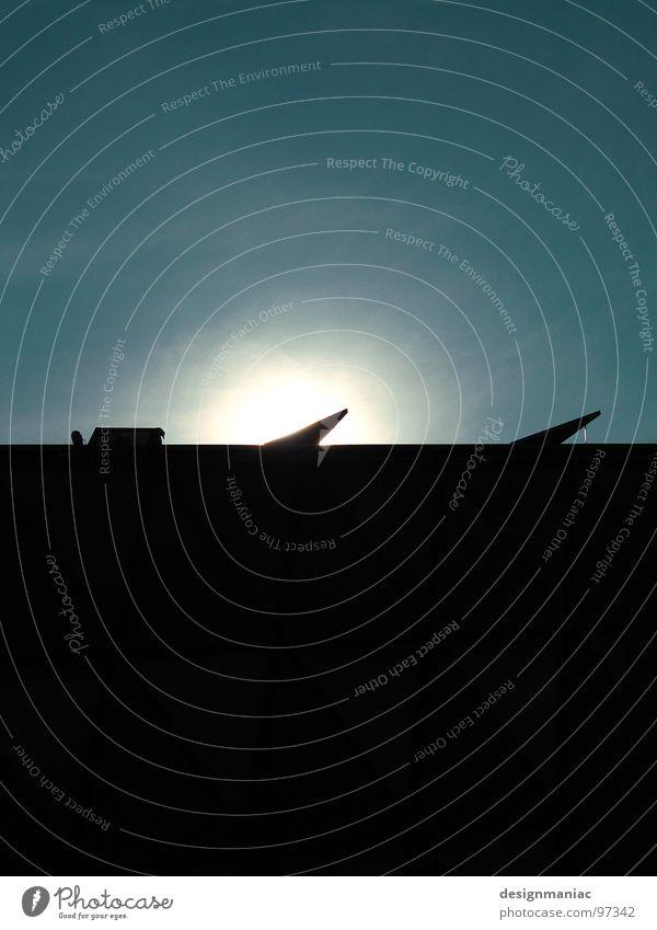 ...und dann wurde Licht. Flugzeug 2 3 Mitte schwarz leer Sonnenaufgang Hochhaus Raumfahrt Horizont Zukunft Trauer leicht schwer Atomkrieg Strukturen & Formen