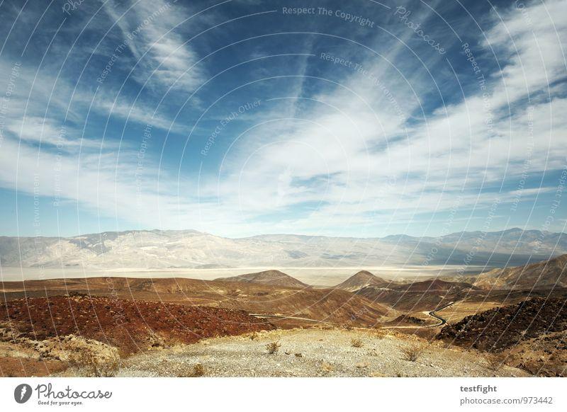 death valley Himmel Natur Landschaft Wolken Umwelt Wärme Sand Erde Schönes Wetter trocken Sehnsucht Wüste heiß Fernweh Umweltschutz Stars and Stripes