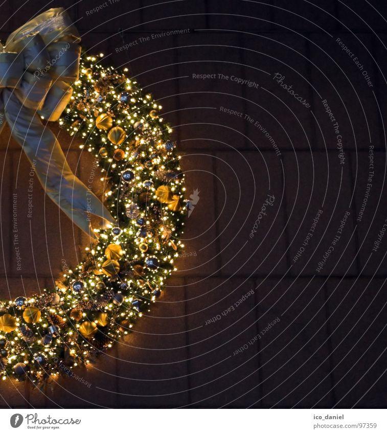 Fröhliche Weihnachten Weihnachten & Advent Stimmung Feste & Feiern gold glänzend Fassade groß leuchten Dekoration & Verzierung Kerze USA Hälfte Schleife Weihnachtsdekoration Lichterkette Kranz