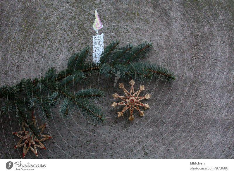 Licht Häusliches Leben Wohnung Weihnachten & Advent Floristik Dekoration & Verzierung Kerze Strohstern Feste & Feiern warten grau Stimmung Zufriedenheit