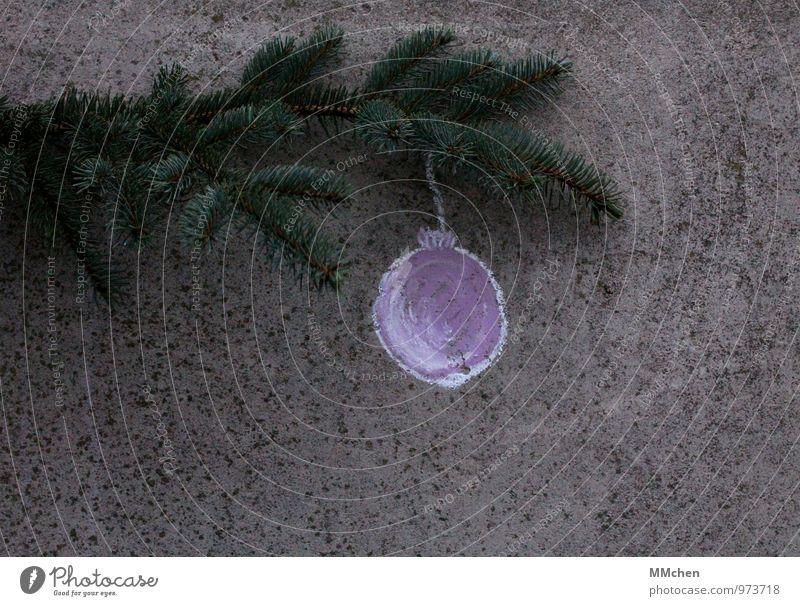 Unkaputtbar Weihnachten & Advent Pflanze grün ruhig Winter grau Feste & Feiern Dekoration & Verzierung Ast Beton violett Glaube Zweig harmonisch Kugel hängen