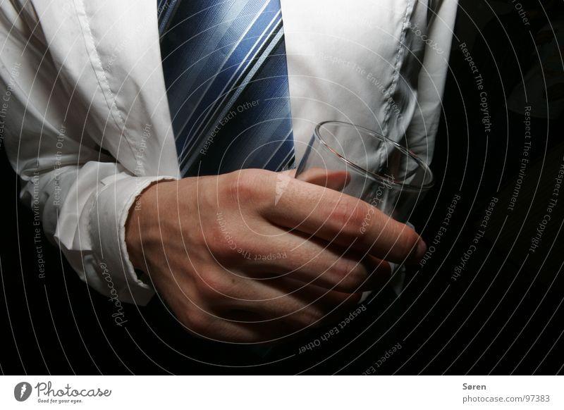 für Micha und Alex blau weiß Hand Feste & Feiern Macht Pause trinken Bier Sitzung Anzug Krawatte Alkohol Kopfschmerzen Extremsport