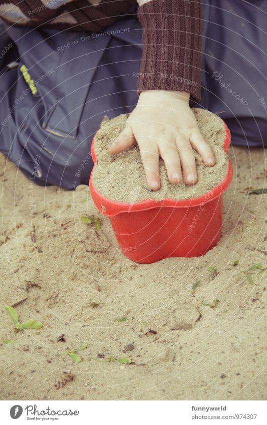 backe backe Kuuuchen! Kind Kleinkind Hand Finger 1-3 Jahre Sand Sandkasten Sandkuchen Förmchen Spielzeug Sandspielzeug Kunststoff Spielen Freude Backform backen