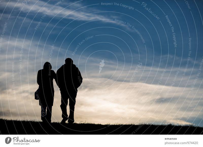 zu zweit überm Horizont Ferien & Urlaub & Reisen Ausflug Ferne Freiheit Berge u. Gebirge wandern Mensch Paar Partner Senior Leben 2 Landschaft Himmel Wolken