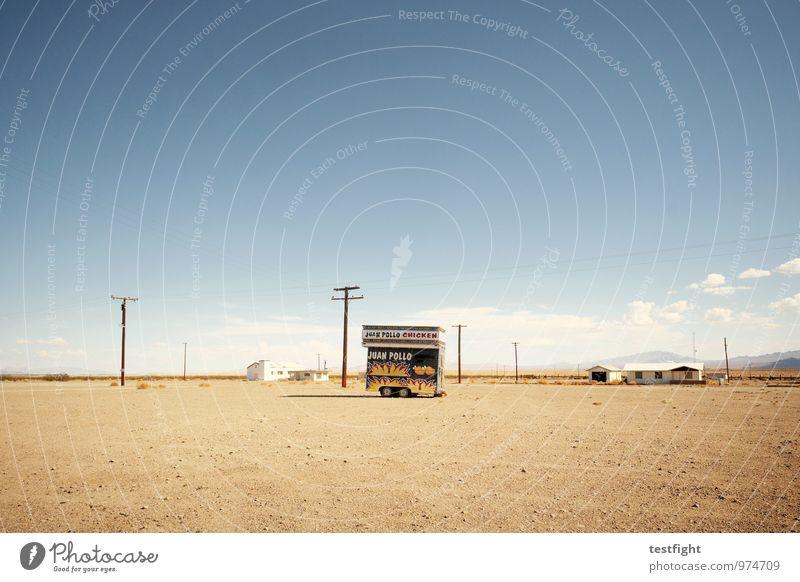 geschlossen Umwelt Natur Landschaft Sonne Sommer Schönes Wetter Wüste Verkehrswege kaputt Wärme Anhänger Ferne ausdruckslos Route 66 Stars and Stripes