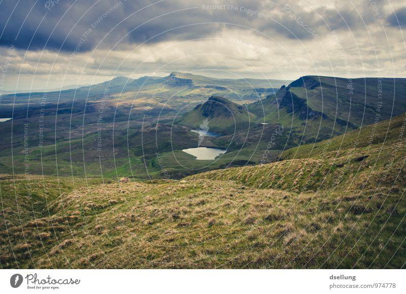 far far away. Himmel Natur Ferien & Urlaub & Reisen Sommer Einsamkeit Landschaft ruhig Wolken Ferne Umwelt Berge u. Gebirge Herbst Wiese Frühling Felsen Feld