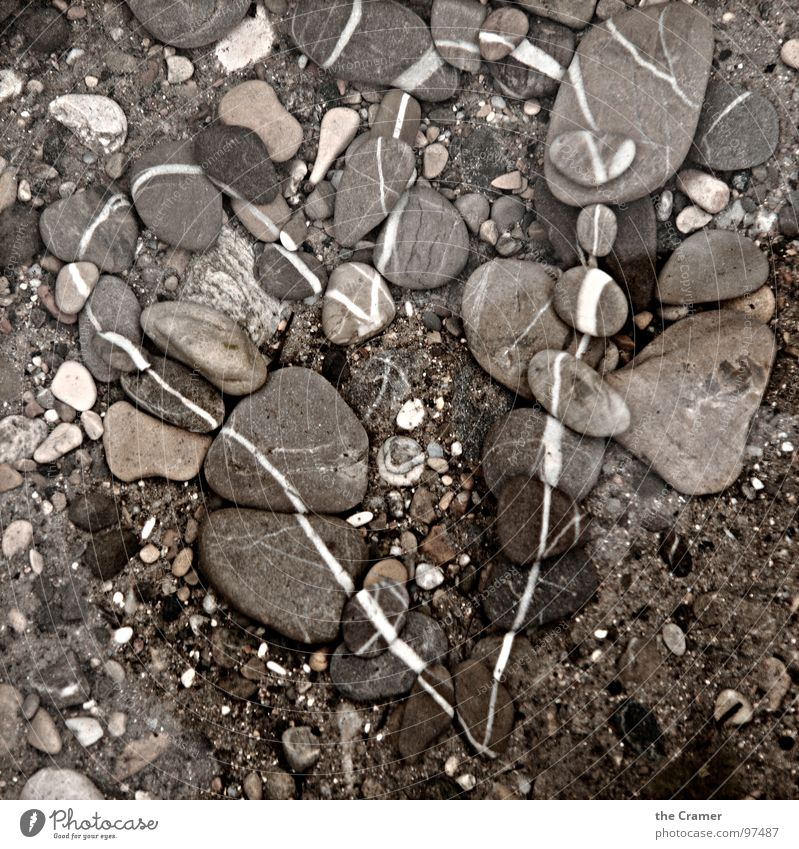 Stein | Herz Kieselsteine grau braun Muster Liebe Mineralien Kontrast Linie stone heart pattern contrast