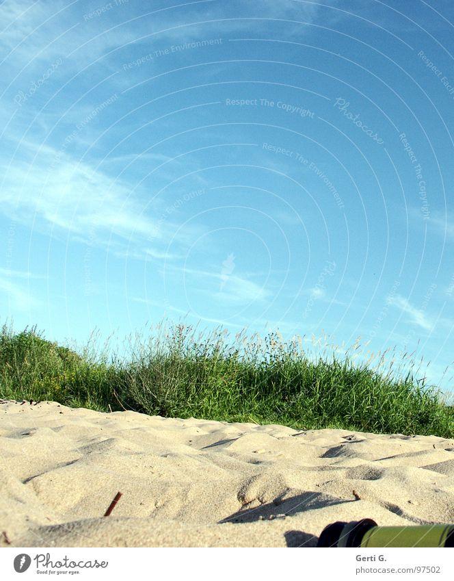 du Flasche Himmel Sonne Meer blau Sommer Freude Strand Ferien & Urlaub & Reisen Wolken Erholung Wiese Gras Wärme Sand Küste Perspektive