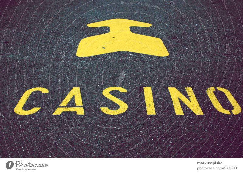 zur suchtbefriedigung Gefühle sprechen Spielen Glück Denken Lifestyle Schilder & Markierungen Erfolg genießen beobachten Geld Rauchen Zukunftsangst Pfeil