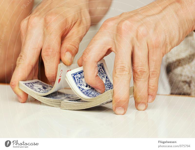 Mischmasch II Freizeit & Hobby Spielen Brettspiel Kartenspiel Poker Kinderspiel Arme Hand Finger festhalten eckig Spielsucht Abhängigkeit Pokerface Skat
