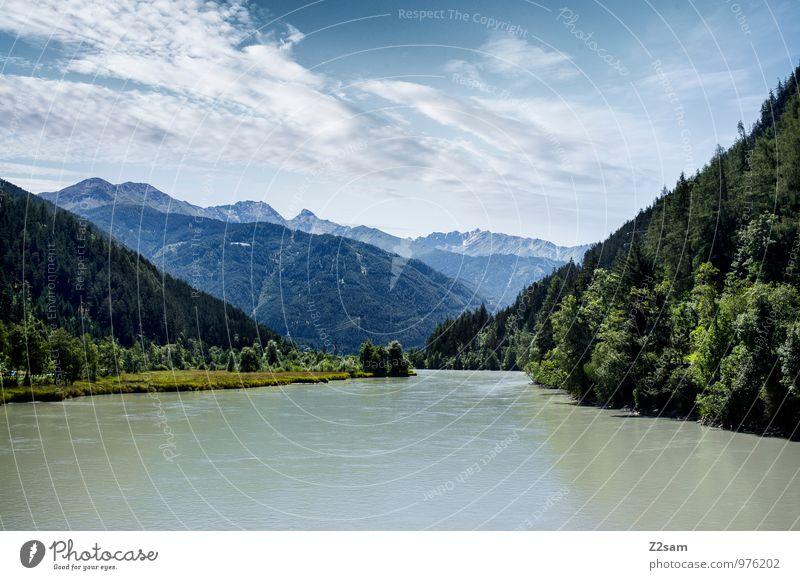 Auf dem Weg zum Gardasee Himmel Natur blau Himmel (Jenseits) grün Sommer Baum Erholung Landschaft Wolken ruhig Berge u. Gebirge Umwelt natürlich See Idylle