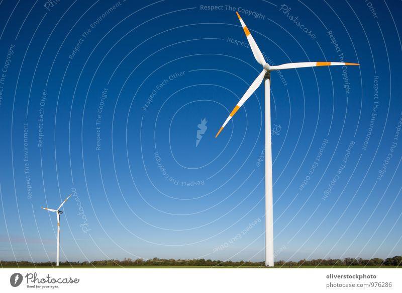 Windräder Natur blau grün weiß Sonne rot Landschaft Umwelt hoch Technik & Technologie Elektrizität Textfreiraum Zeichen Symbole & Metaphern Windkraftanlage
